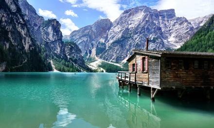 Lago di Braies: fino a 7 notti, colazione, cene, Spa e ingresso area nuoto Acquafun per 2 persone allHotel Goldene Rose