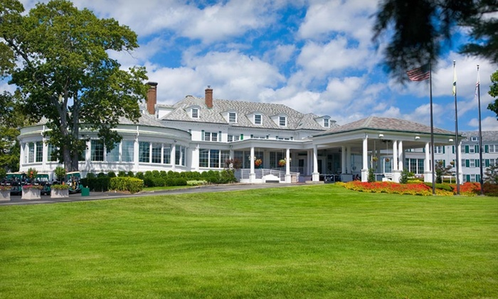 Stockton Seaview Hotel and Golf Club - New York City: Stay for Two at Stockton Seaview Hotel and Golf Club in Galloway, NJ