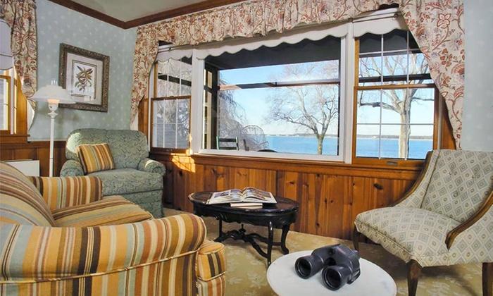 sandaway suites beach in oxford md groupon getaways. Black Bedroom Furniture Sets. Home Design Ideas