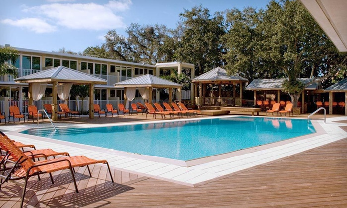 Bentley's Resort Hotel - Osprey, FL: $95 for a One-Night Stay at Bentley's Resort Hotel in Osprey, FL (Up to $159 Value)