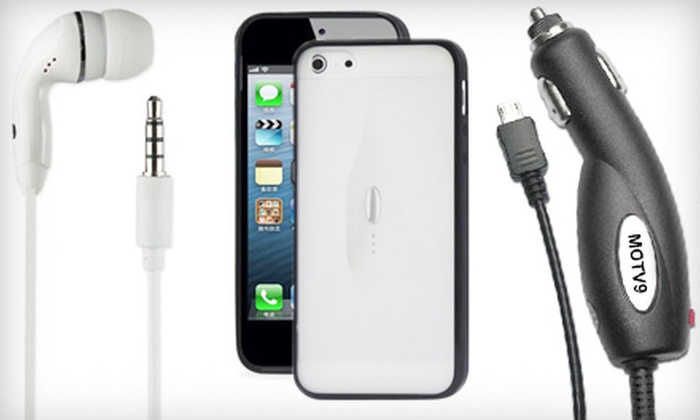 Wireless Outlet - Multiple Locations: Android or iPhone Accessory Bundles from Wireless Outlet (Up to 52% Off)