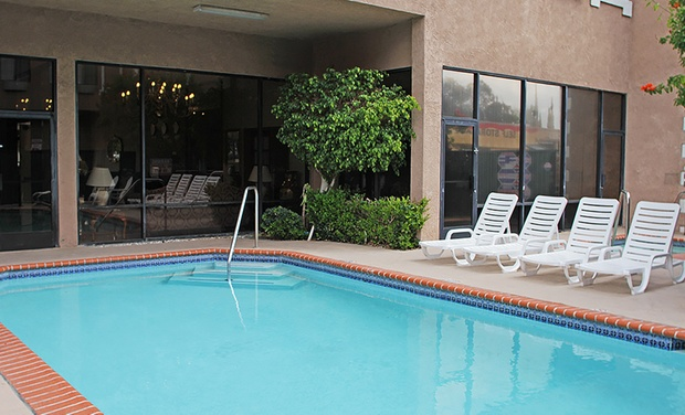 Ramada Chatsworth - Los Angeles: Stay at Ramada Chatsworth in Chatsworth, CA, with Dates into December