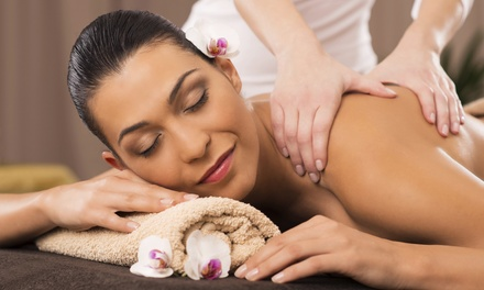$49 for a 60-Minute Deep-Tissue or Signature Massage with Scalp Massage at Escape Day Spa ($100 Value)