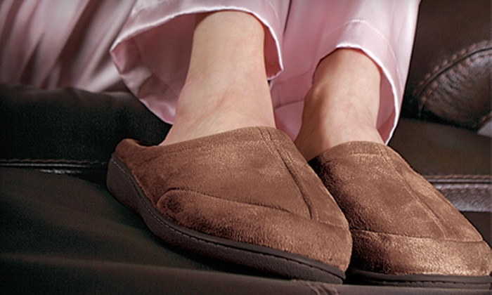 $15 for a Pair of Unisex Foam Slippers