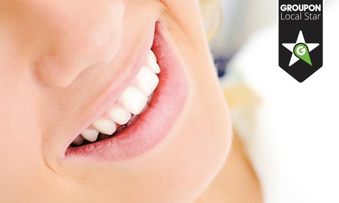 Dental Implant Aesthetic Clinic - Szczecin: Skaling, piaskowanie, konsultacja stomatologiczna (od 89,99 zł) i wypełnienie (159 zł) w Dental Implant Aesthetic Clinic