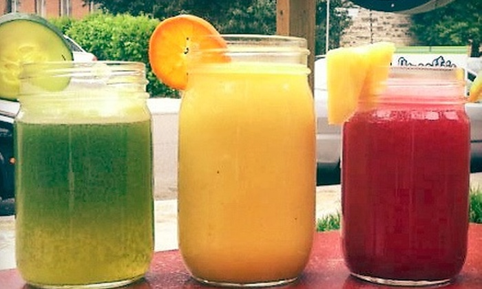 Organic Juice & Smoothie Bar at Symmetry - Nashville-Davidson metropolitan government (balance): $9 for Three Groupons, Each Good for One Smoothie or Juice at Organic Juice & Smoothie Bar at Symmetry ($19.50 Value)