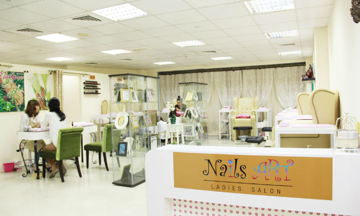 Nails art ladies salon in dubai dubai groupon for 33 fingers salon groupon