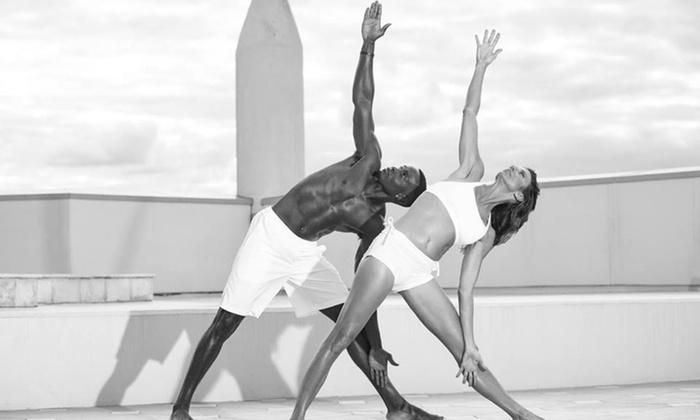 YogaMix Orlando - South Eola: Four Weeks of Unlimited Yoga Classes at YogaMix Orlando (70% Off)