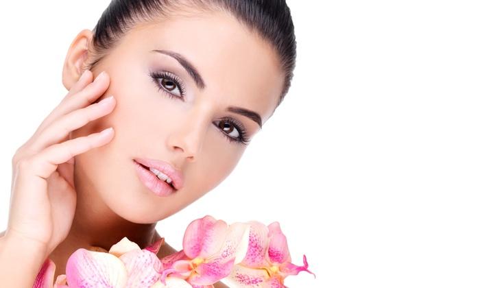 ESTETICA DIVINA - ESTETICA DIVINA: 3 trattamenti viso con pulizia, maschera e massaggio a 29 € invece di 195