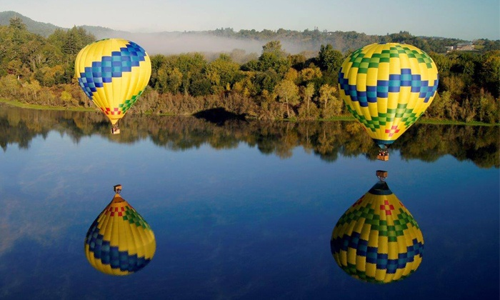 Up & Away Ballooning - Sonoma County Airport: Hot-Air Balloon Ride with Champagne Brunch from Up & Away Ballooning (Up to  Value)