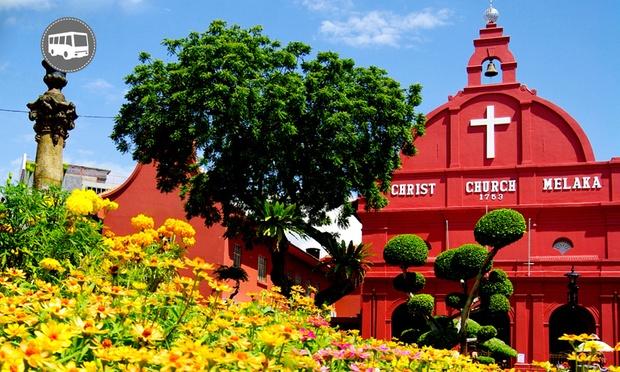 Malacca: Equatorial Hotel + Coach 0