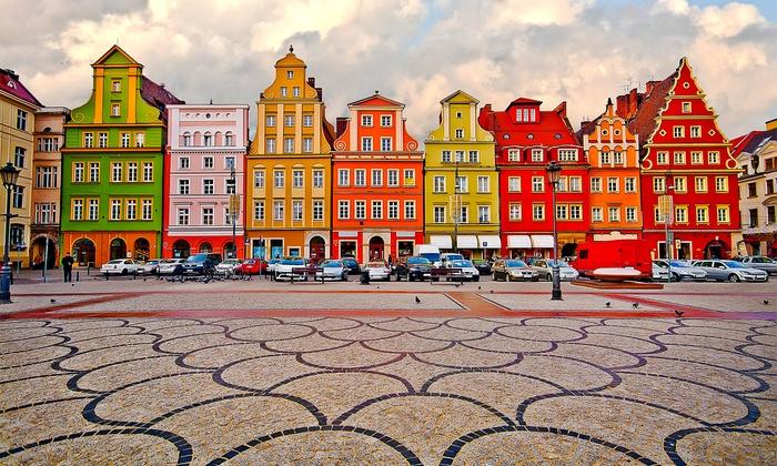 Wrocław: pokój dla 2 lub 4 osób z opcją śniadania