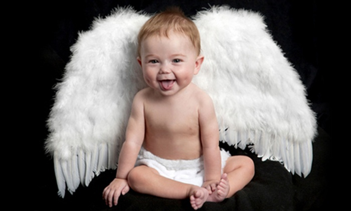 Picture People - Bay Park: $16 for a Photo Shoot with Eight Photo Sheets at Picture People ($144 Value)