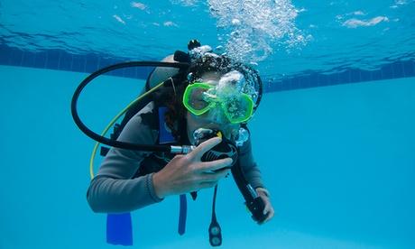 Bautismo subacuático en piscina e introducción al curso de iniciación de Buceo desde 14 € en Oceanía
