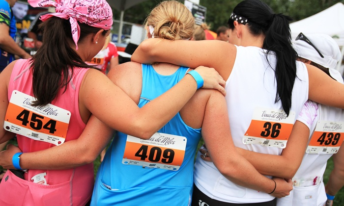Venus de Miles - Glen Rowan House at Lake Forest College: Entry in All-Women 5K Run/Walk for One or Two from Venus de Miles on Saturday, July 25 (31% Off)