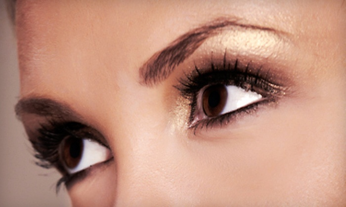 Faces Permanent Makeup - WESTPORT STUDIO: Permanent Eyeliner Lash Line Enhancement for Upper Eyelids at Faces Permanent Makeup ($250 Value)