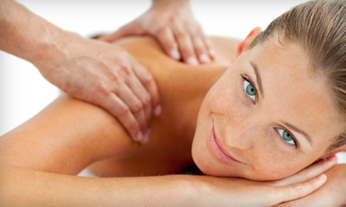 Lokey Chiropractic Clinic - Macon: $35 for Chiropractic Package with Exam, Massage, Adjustment, and X-Ray at Lokey Chiropractic Clinic ($440 Value)