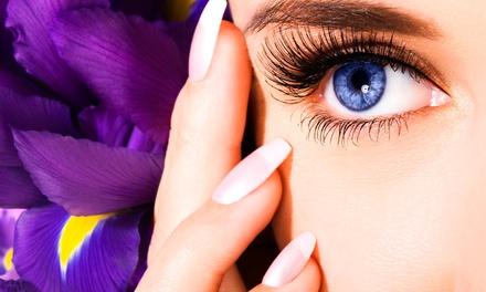 Wimpernverlängerung mit 80 Wimpern pro Auge wahlweise mit 1 Auffüll-Termin bei Barry Beauty ab 39,90 €