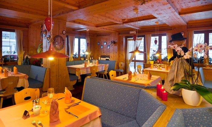 Hotel Ladinia a - Badia, Provincia di Bolzano - Alto Adige ...