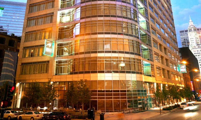 Rebranded as kinzie chicago amalfi hotel chicago groupon for Boutique hotels chicago north side