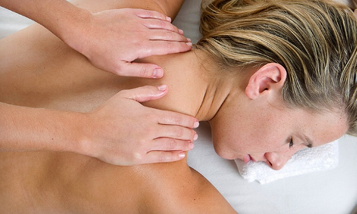 Oshman Family JCC - Palo Alto: $69 for a One-Month Fitness Membership and a 60-Minute Massage at Oshman Family JCC ($215 Value)