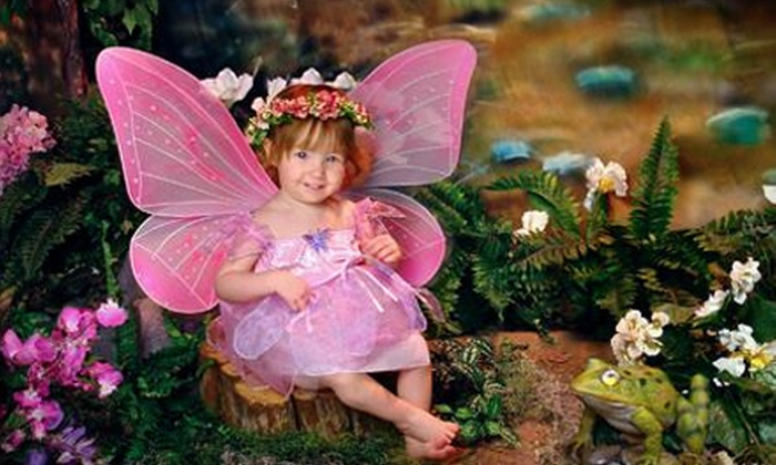 Divine Images Northwest - Silver Lake Mall: $39 for an Enchanted In-Studio Photo Shoot with Three Sheets of Prints at Divine Images Northwest ($144 Value)