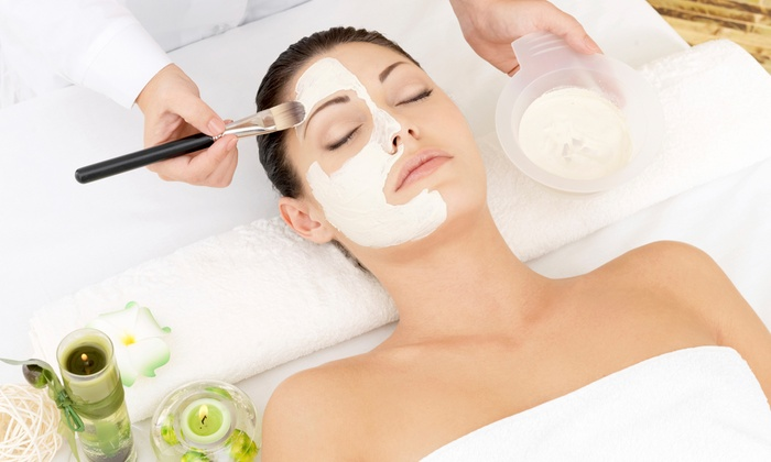 LA Body Lounge Spa - Los Angeles: 50- or 90-Minute Facial for One or Two at LA Body Lounge Spa (50% Off)