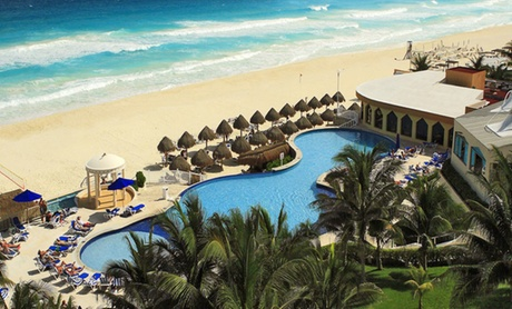 ✈ All-Inclusive Adults-Only Cancun Trip with Air