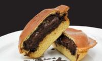 Gelato Panino inkl. Heißgetränk nach Wahl für 1, 2 oder 4 Personen bei Cinelli's Ice Cream Rolls (bis zu 39% sparen*)