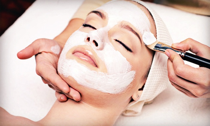 Gloria Skin Care - Mid-Wilshire: One or Two 70-Minute Facials at Gloria Skin Care (Up to 63% Off)