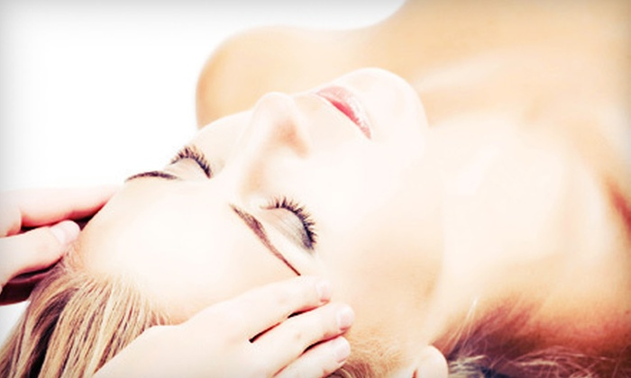 Little Skin Care Studio - Aventura: $50 Worth of Facials and Body Wraps