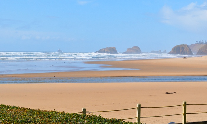 The Waves Cannon Beach 2 Night Stay With Bottle Of Wine Or Sparkling