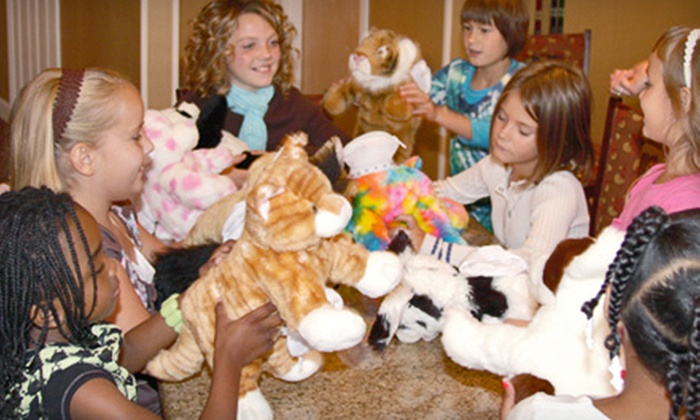 Noah's Ark Animal Workshop - Northbrook: $99 for a Make-Your-Own-Stuffed-Animal Party for Seven Kids from Noah's Ark Animal Workshop ($250 Value)