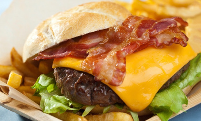 Eamonn's in Manhattan - New York City: Burger Meal with Beers for Two or Four at Eamonn's in Manhattan (Up to 64% Off)
