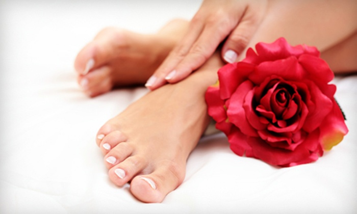 City Nails & Spa - Lakeview: $20 for a Basic Mani-Pedi at City Nails & Spa ($40 Value)
