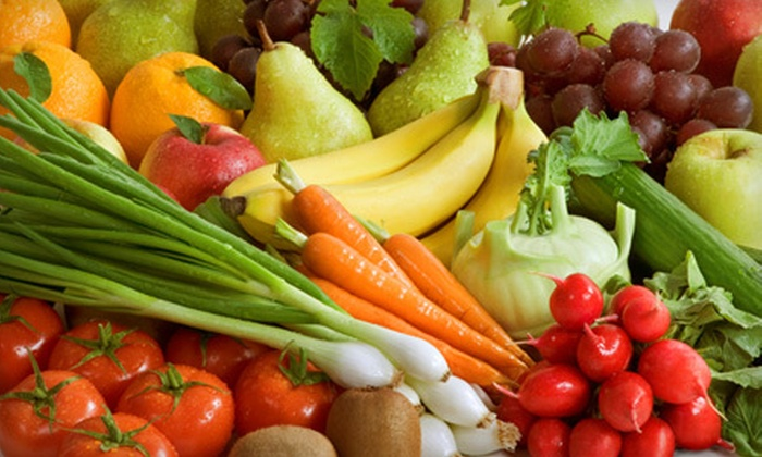 It's Organic! - Cherry Glen: $15 for One Box of Home-Delivered Organic Fruits and Vegetables from It's Organic! ($34.99 Value)