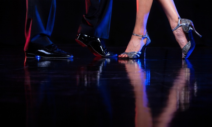 Latinesque Ballroom & Latin Dance Studio - Downtown Kelowna: C$59 for Six Weeks of NightClub 2 Dance Lessons at Latinesque Ballroom & Latin Dance Studio (C$120 Value)