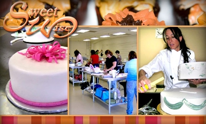 Sweet Wise - Penningtom Bend: $35 for Cake-Decorating Class at Sweet Wise ($75 Value)