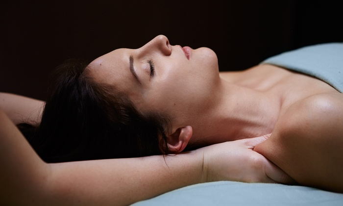 Ashbaugh Center for Therapy - Virginia Village: $48 for a 60-Minute Massage with a Brief Evaluation at Ashbaugh Center for Therapy ($70 Value)
