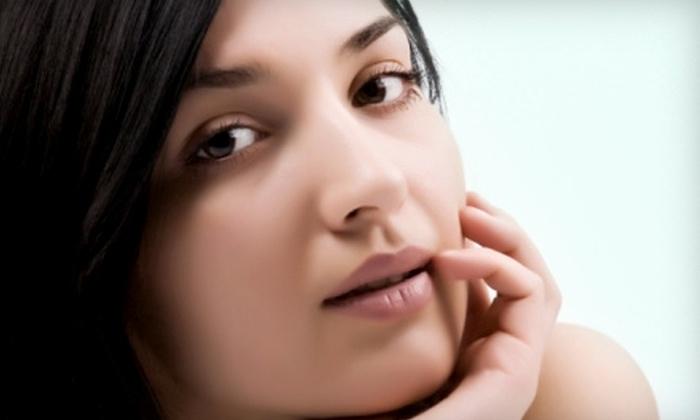 SkiNplicity - Sacramento: $39 for a European Facial ($80 Value) or $10 for an Eyebrow Wax ($20 Value) at SkiNplicity