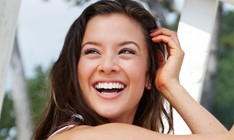 1, 2, 3, 4, 5 o 6 implantes dentales de titanio con corona de porcelana y limpiezabucal desde 489 €