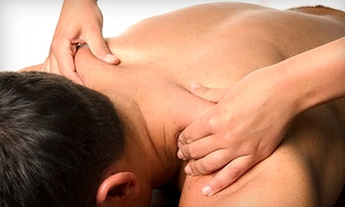 MI Salon & Day Spa - Youngstown Industrial: $40 for a One-Hour Massage at MI Salon & Day Spa ($80 Value)