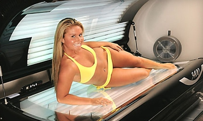 Fun Tan - Multiple Locations: $30 for 10 Sessions in a Reflector Tanning Bed at Fun Tan ($60 Value)