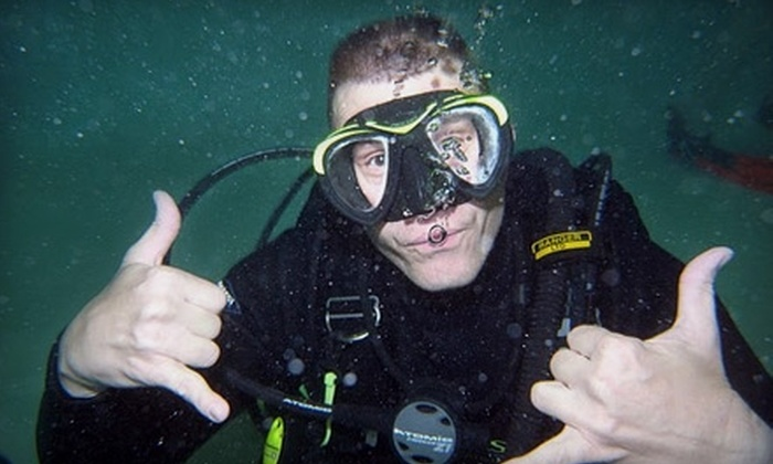 Skin-n-Scuba - Independence: $15 for a PADI Discover Scuba-Diving Class at Skin-n-Scuba in Independence