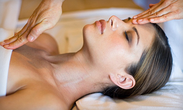 Midtown Day Spa - Washington Ave./ Memorial Park: 60-Minute Swedish Massage or Cleansing Facial at Midtown Day Spa