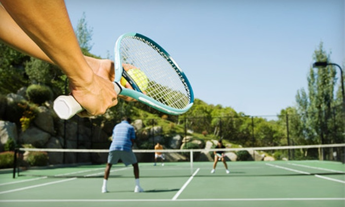 Lauderdale Tennis Club - South Middle River: Five Visits or a One-Month Membership to Lauderdale Tennis Club