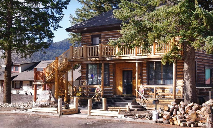 Spruce Lodge - South Fork: Two-Night Stay for Up to Four with Oxygen-Bar Sessions at the Spruce Lodge in Colorado