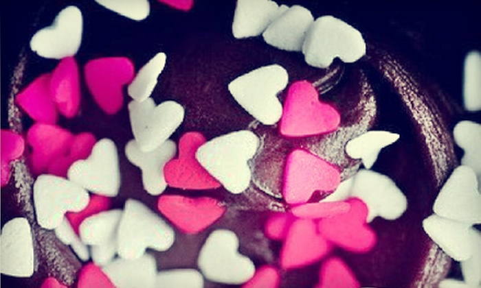 Cuppycakes - Elkhorn: $10 for $20 Worth of Cupcakes, Macaroons, and Whoopie Pies at Cuppycakes