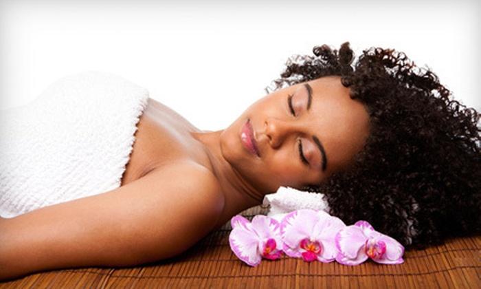 Devine Designs Salon & Spa - Albina,Boise: $55 for a 45-Minute Herbal Body Wrap at Devine Designs Salon & Spa ($125 Value)