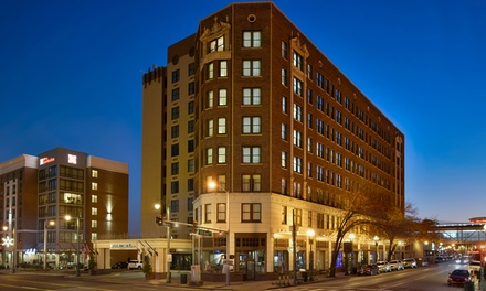 Stay with Daily Valet Parking at DoubleTree by Hilton Hotel Memphis Downtown, Tennessee